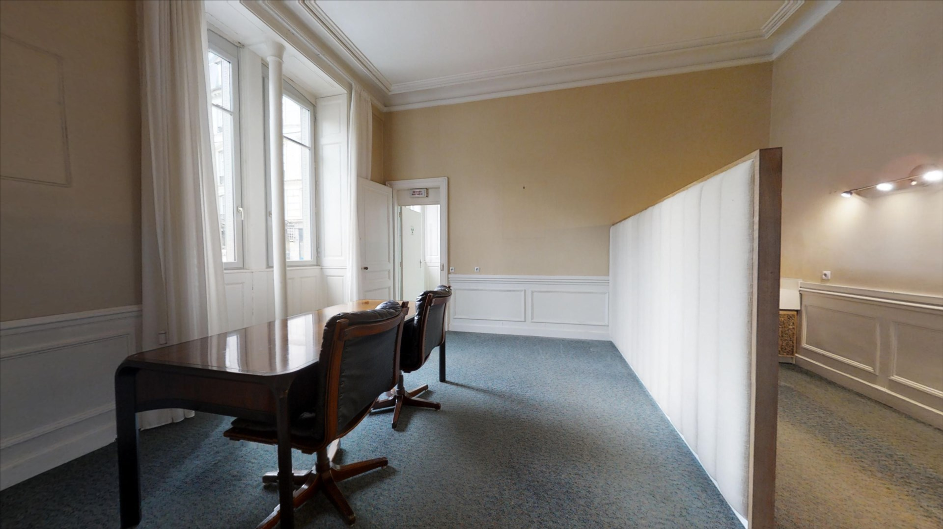local_professionnel 142.23m² BESANCON - photo 5